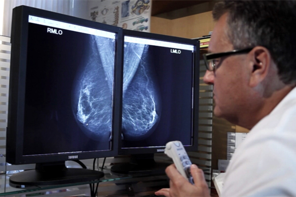 Dr. Karner diagnostiziert